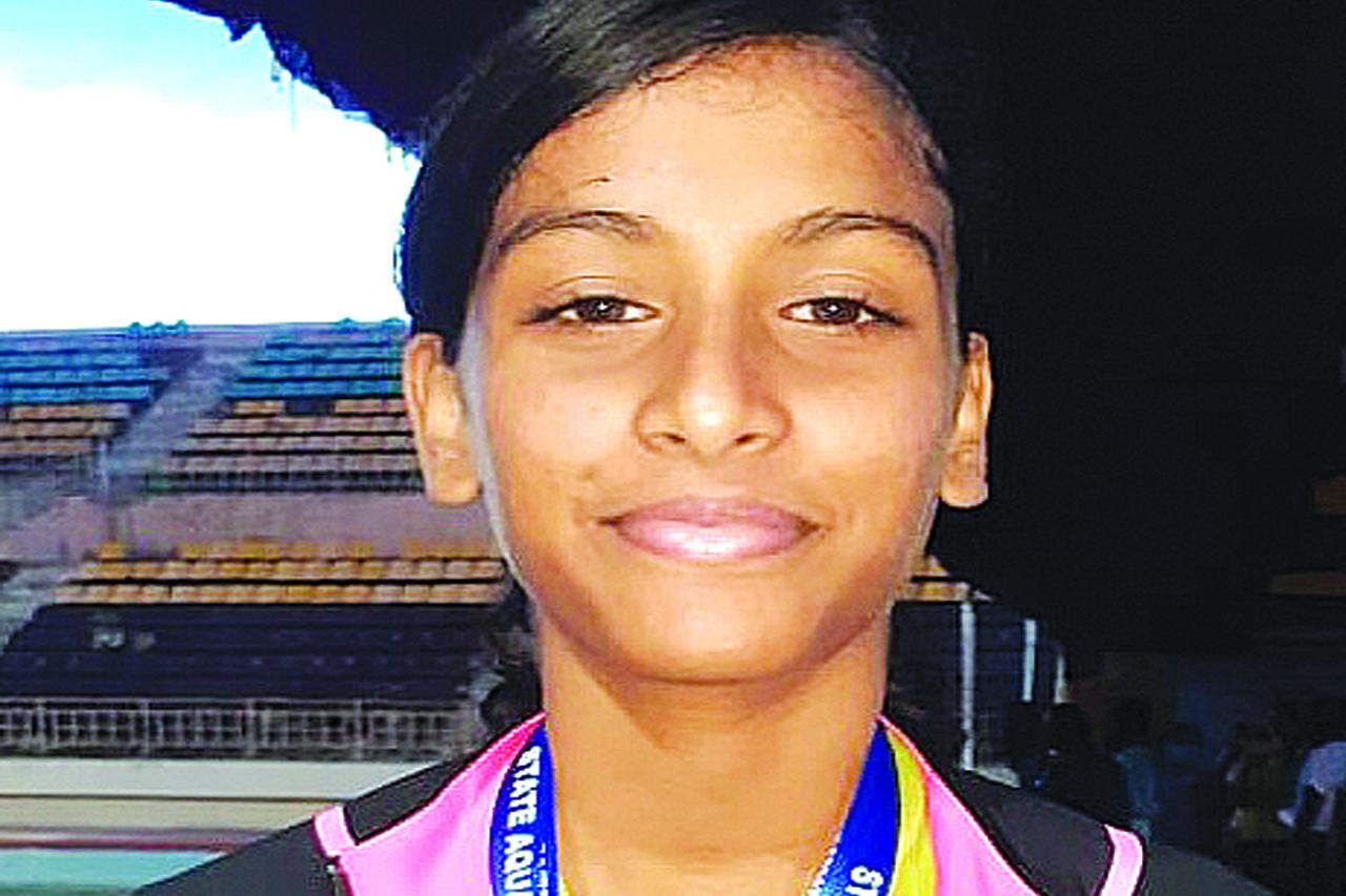 Velammal Swimmer Bags 3 Medals